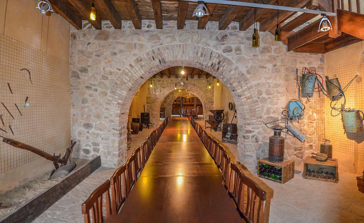 Museo Del Vino.Wine Museum Palazzo Ferraro Melissa Turismo